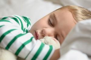 Les bébés apprennent mieux en faisant la sieste !