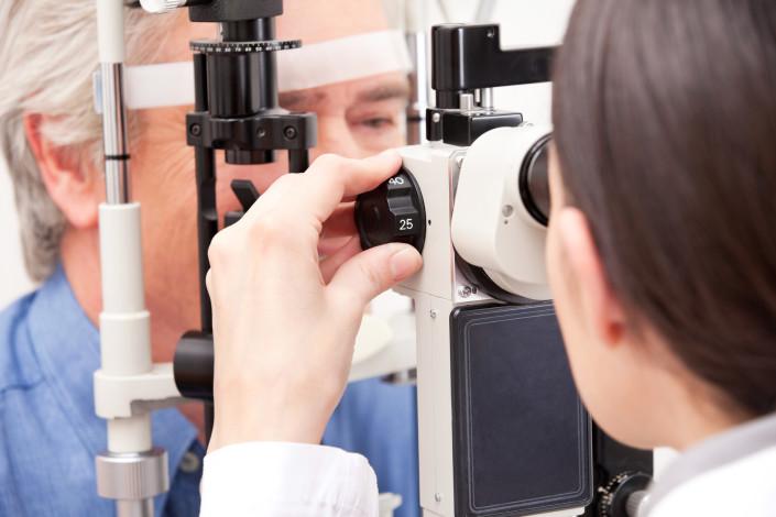 ophtalmologie - le gouvernement souhaite encadrer les prix