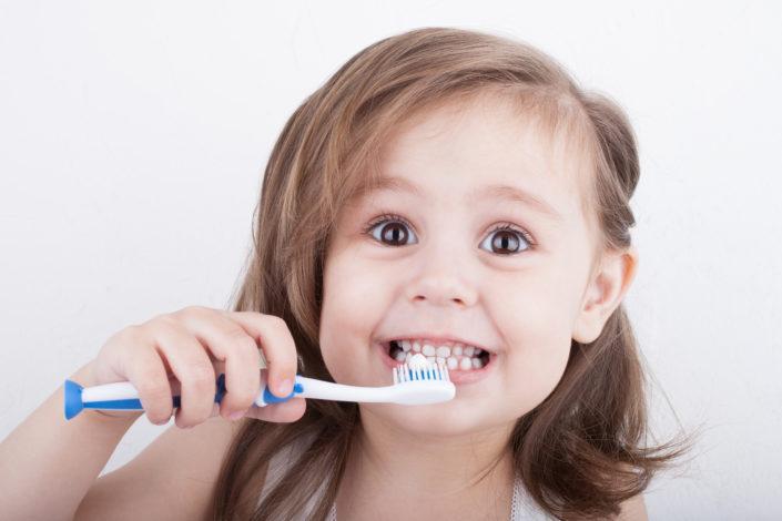 dioxyde de titane dentifrices